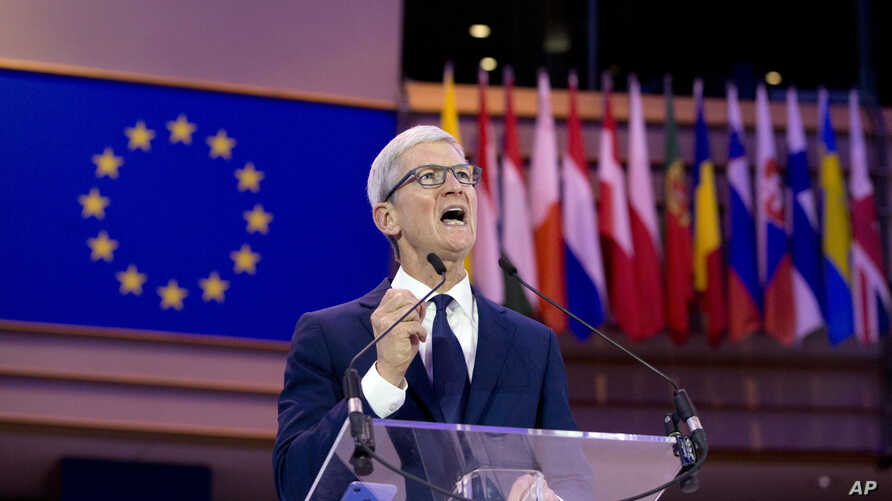 Apple CEO Tim Cook speaks during a data privacy conference at the European Parliament in Brussels, Oct. 24, 2018.