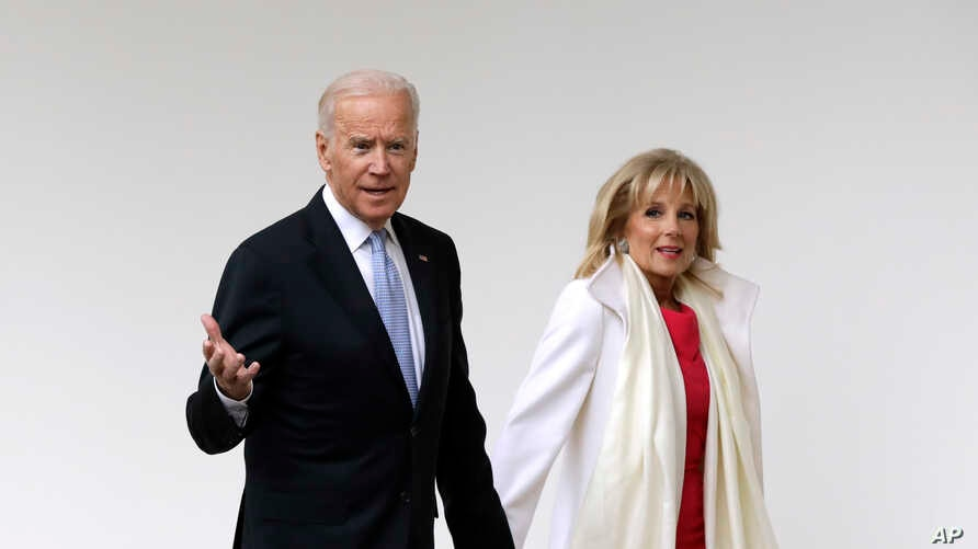 Vice President Joe Biden and his wife Jill walk along the colonnades of the White House in Washington, Jan. 20, 2017, before the start of presidential inaugural festivities for the incoming 45th President of the United States Donald Trump.