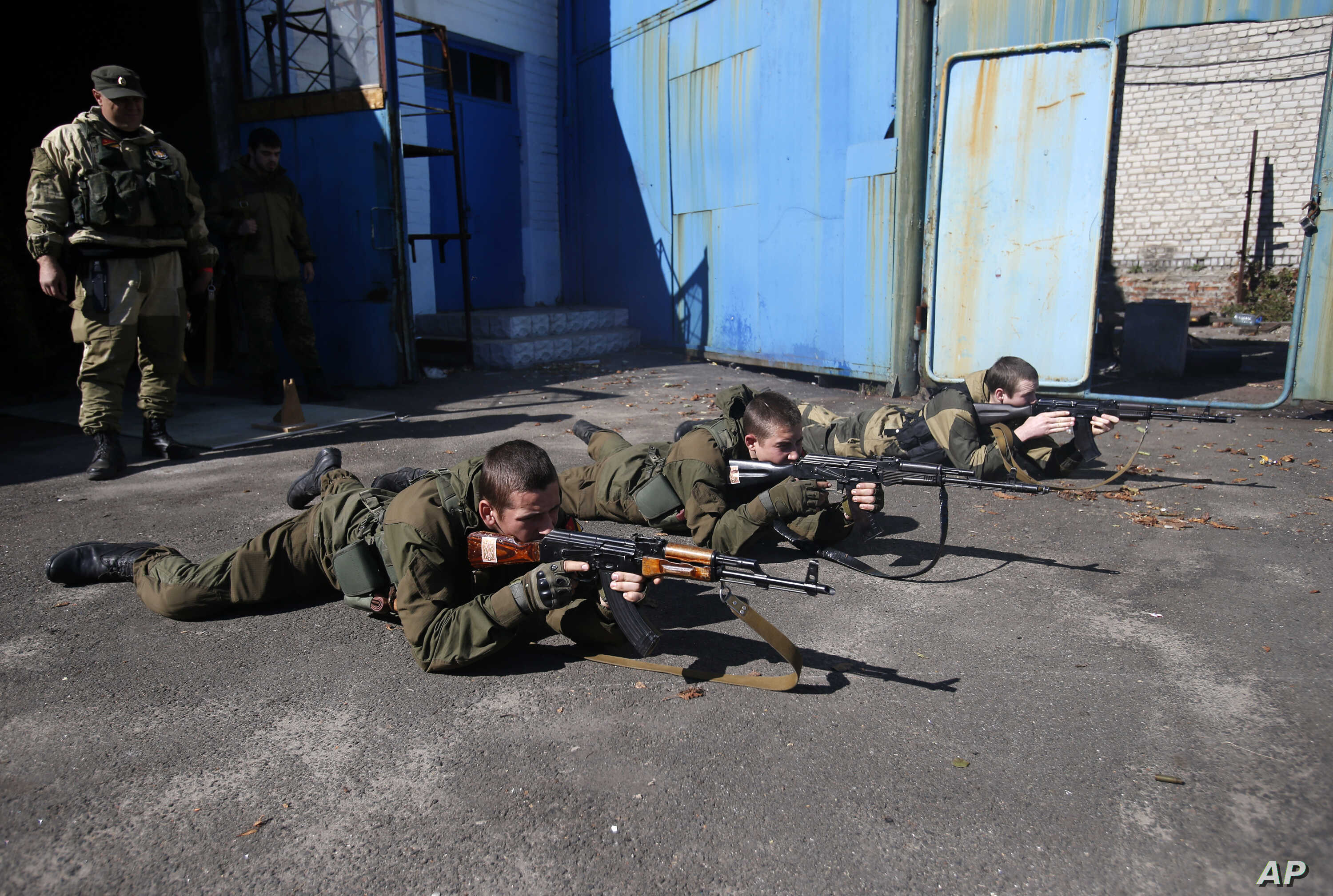 Young Pro-Russian rebels training in the town of Donetsk, eastern Ukraine, Sept. 29, 2014.