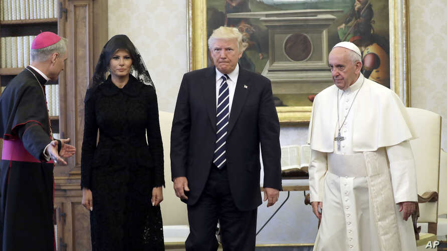 U.S. President Donald Trump and first lady Melania Trump meet with Pope Francis, May 24, 2017, at the Vatican.