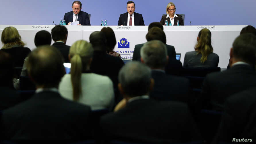 European Central Bank (ECB) President Mario Draghi addresses a news conference at the ECB headquarters in Frankfurt, Germany, Jan. 19, 2017.