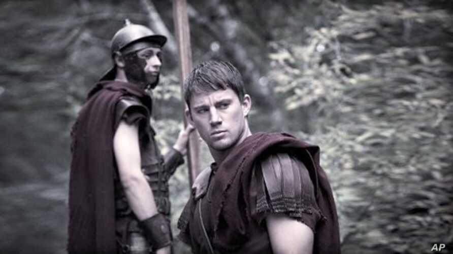 """Channing Tatum in scene from """"The Eagle"""""""