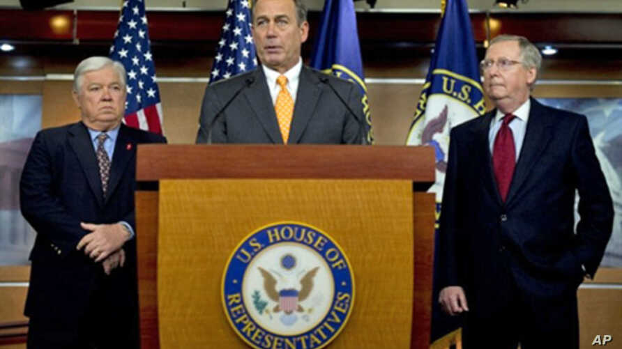 House Republican Leader John Boehner (C), R-Ohio, speaks during a press conference with Senate Republican Leader Mitch McConnell (R), R-Kentucky, and Mississippi Governor Haley Barbour (L) in Washington, 03 Nov. 2010.