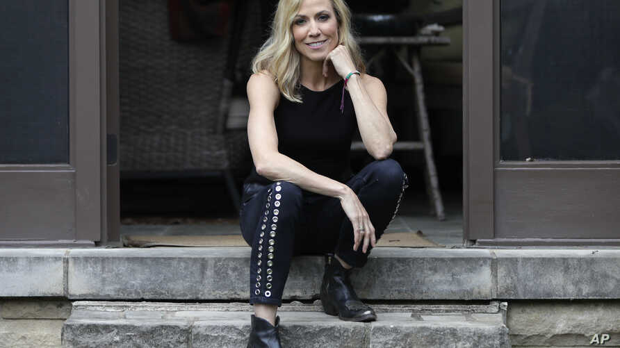 "Sheryl Crow poses in Nashville, Tennessee, to promote her upcoming album, ""Be Myself,"" March 21, 2017."