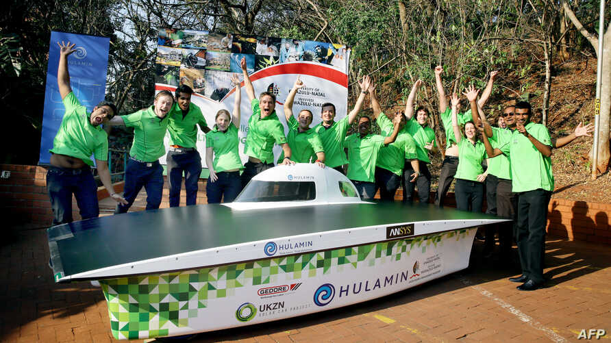 Excited Engineering students of the College of Agriculture,Engineering and Science from the University of Kwazulu-Natal ( UKZN) officially launched the Hulamin Solar Car at the UKZN on July 15, 2015, in Durban.The Solar Car, the first entrant in Afri