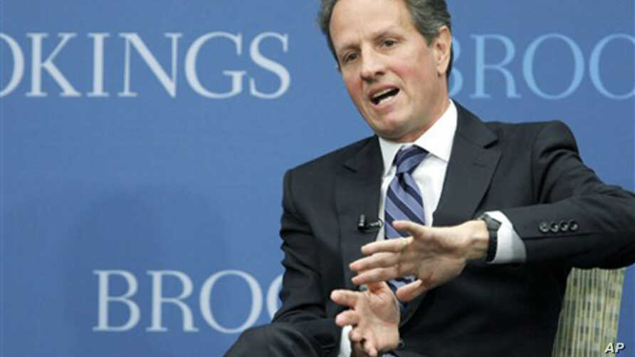 """Treasury Secretary Timothy Geithner gestures while speaking at the Brookings Institution's """"The Path to Global Recovery"""" forum, 6 Oct 2010."""