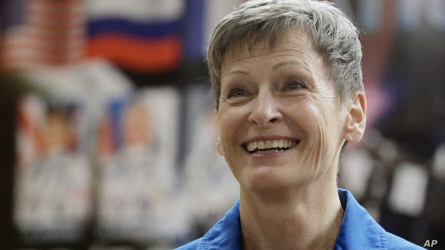 """""""I love working at NASA,"""" U.S. astronaut Peggy Whitson tol"""