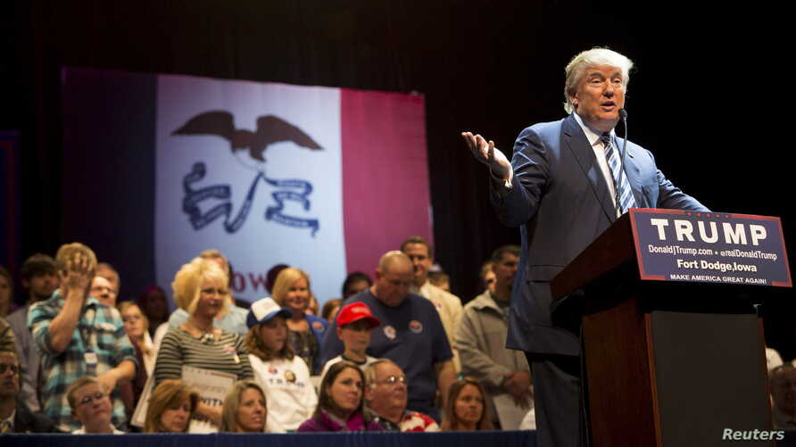 U.S. Republican presidential candidate Donald Trump speaks during a campaign event at Iowa Central Community College in Ft. Dodge, Iowa, Nov. 12, 2015.