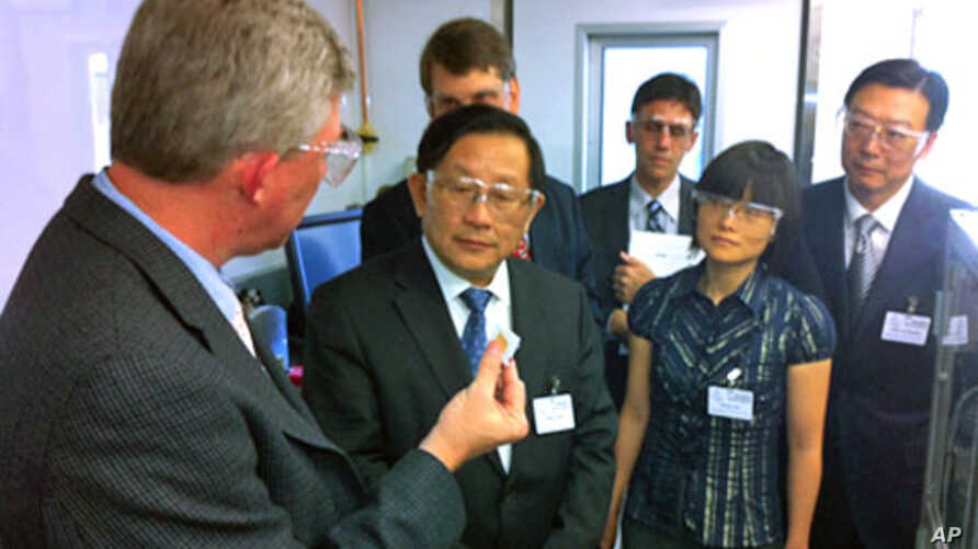 Chinese Minister Gang Wan's visit to Argonne National Laboratory.