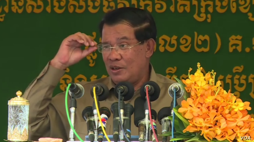 Prime Minister Hun Sen speaks at a road inauguration in Phnom Penh, on Monday, March 6, 2017. (Hun Sen's Facebook)