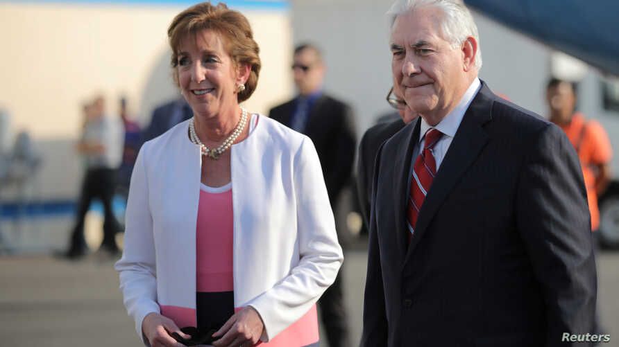 U.S. Secretary of State Rex Tillerson is welcomed by U.S. ambassador Roberta Jacobson as he arrives at Benito Juarez international Airport in Mexico City, Feb. 22, 2017.