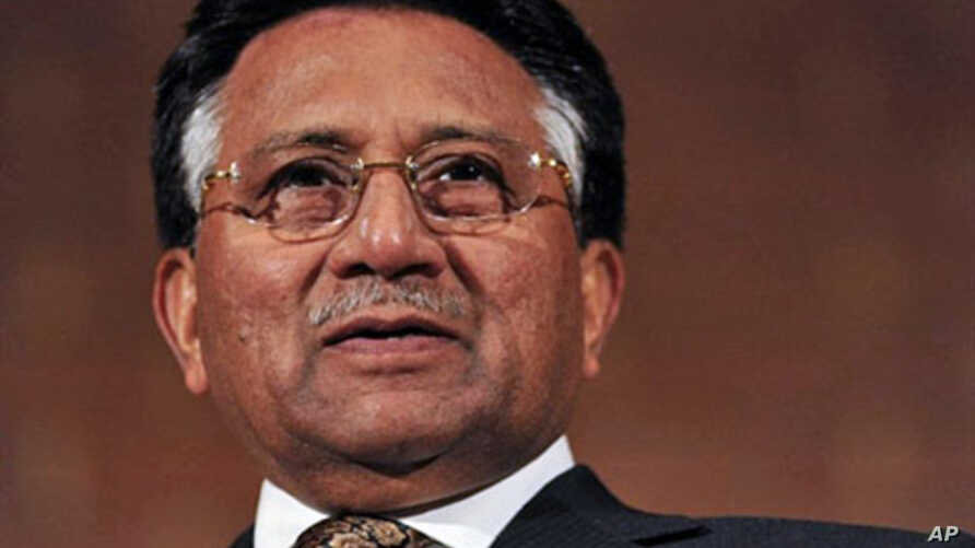 Former Pakistani president General Pervez Musharraf speaks at Kensington Town Hall in London on 29 Sep 2010, prior to officially launching his own political party