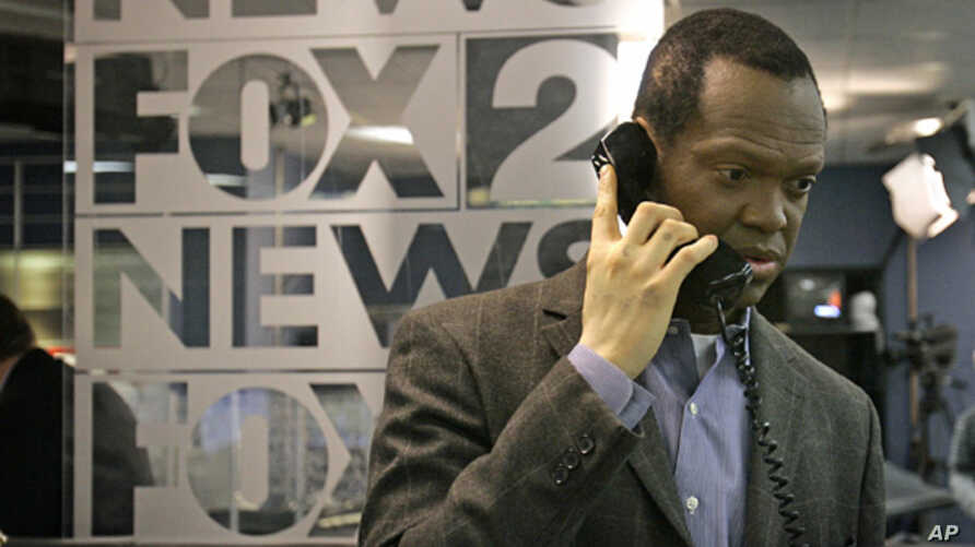 FILE - Detroit anchor and reporter Lee Thomas suffers from vitiligo.