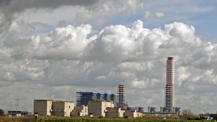 A view of Enel's power plant, built on a site of a projected nuclear plant which has not been completed, in Montalto di Castro in central Italy March 18, 2011. Italy, which is prone to earthquakes, is the only Group of Eight industrialized nation tha