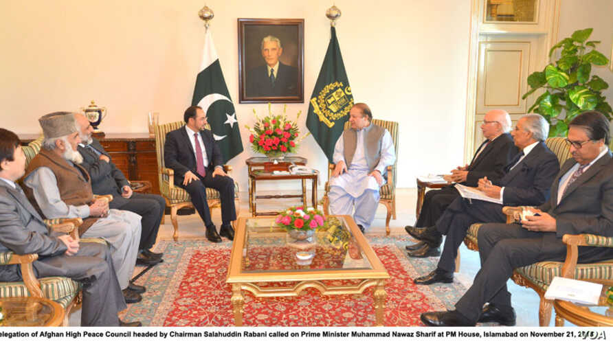 Delegation of Afghan High Peace Council headed by Chairman Salahuddin Rabani called on Prime Minister Muhammad Nawaz Sharif at PM House, Islamabad on November 21, 2013. Photo: Afghanistan Government Press Information Departmen