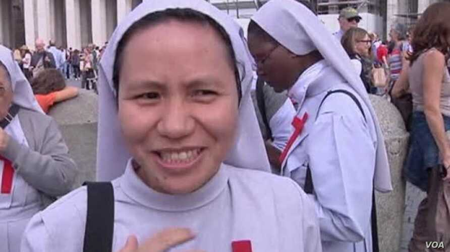 Pope Francis Urges Faithful to Pray for Philippines