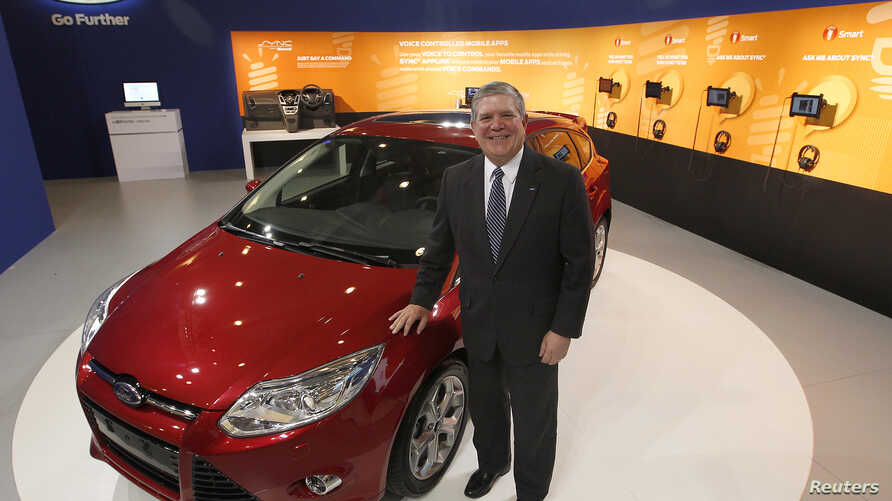 Dave Schoch, chairman and CEO of Ford Greater China, poses in Ford's booth in Taipei, June 4, 2012. (Reuters)