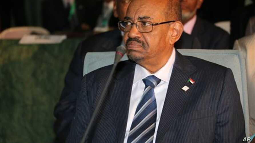 Sudanese President al-Bashir attends an African Union summit on health focusing on HIV and AIDS  in Abuja.