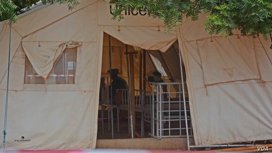 There are 57 people currently isolated and monitored by staff at the Kayes Hospital. They all had first or secondhand contact with the girl who died last Friday, Oct. 24, Kayes, Mali, Oct. 28, 2014. (Katarina Höije/VOA)