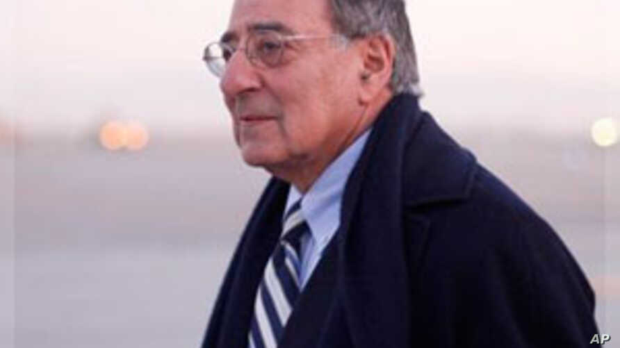 Panetta in Afghanistan, Calls 2011 a 'Turning Point'