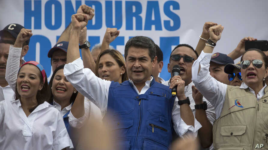 Honduran President Juan Orlando Hernandez speaks to supporters, in Tegucigalpa, Honduras, Dec. 7, 2017. Eight Latin American governments Wednesday applauded Honduras' willingness to recount disputed votes in the presidential elections, but questions ...