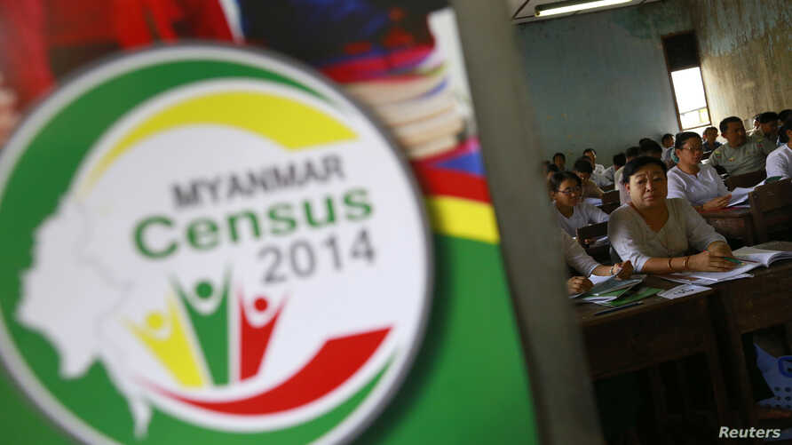 Volunteers attend a census training course at a school in Rangoon, Burma, March 23, 2014.
