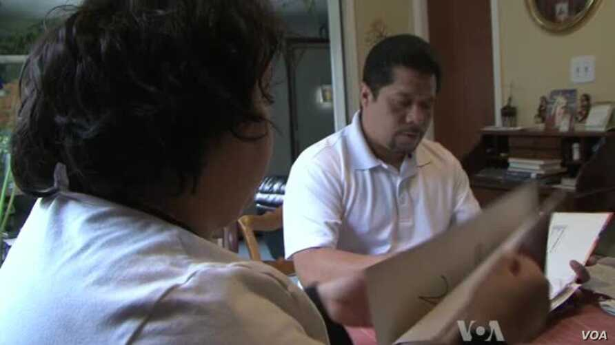 Undocumented Immigrants, Some Freed from Detention, Seek Reforms