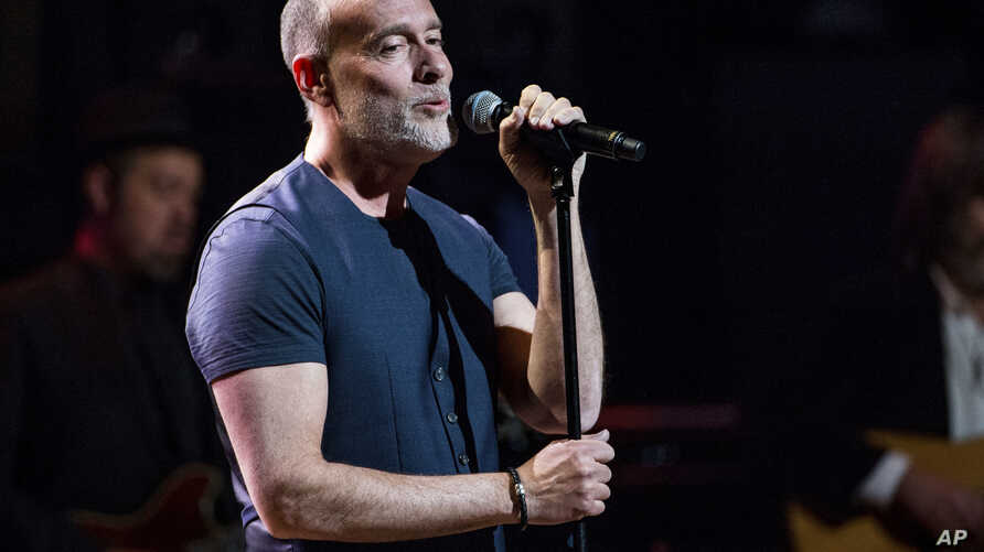FILE - Marc Cohn performs at Love Rocks NYC! in New York. After winning a Grammy in 1991, singer-songwriter Mark Cohn charted his own course, a long winding road which led him to songs that have been Grammy nominated for two years in a row, March 9,