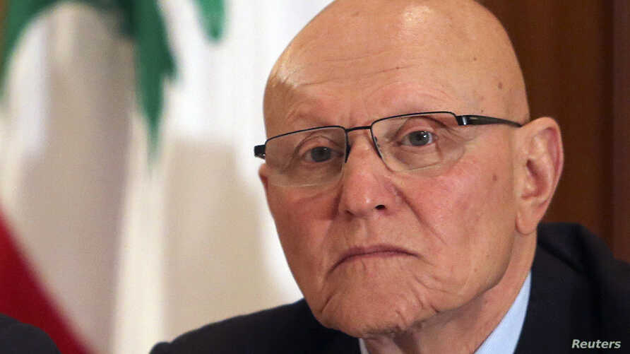 Lebanese former minister Tammam Salam attends a meeting for pro-Western March 14 political coalition in Beirut, Apr. 4, 2013.