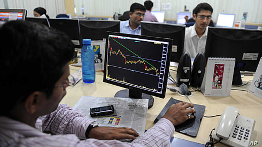 India announced on January 1, 2011 that it would open up its stock market to individual foreign investors for the first time, in a major economic reform designed to boost overseas investment, (File).