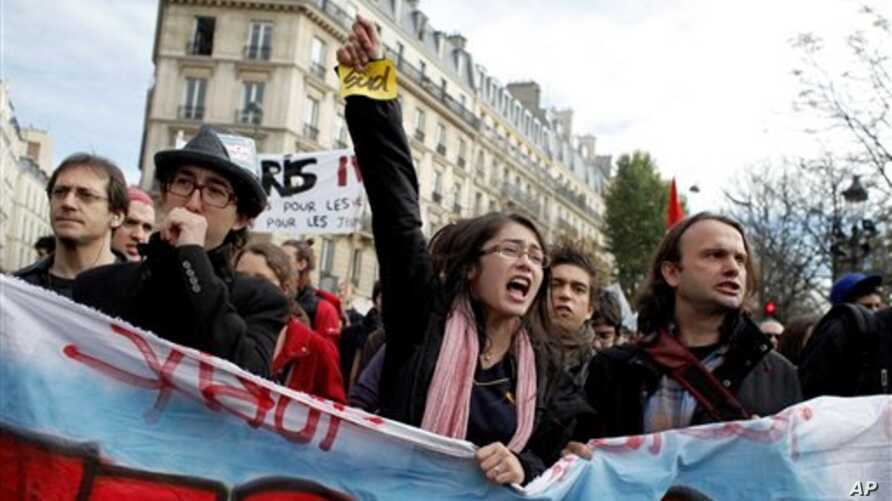 Protesters in France demonstrate against new retirement plan