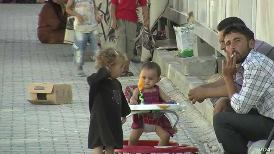 Turkey Shifts Syrian Refugees from Borders
