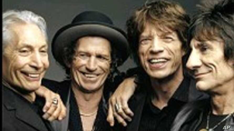 Stones' Richards Claims He Was Joking When He Made Comment About Snorting Late Father's Ashes