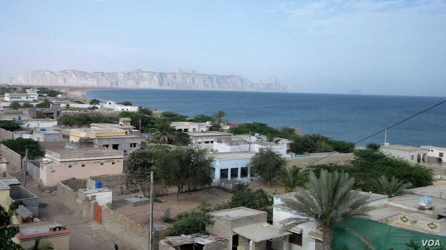 Before a surge of Chinese investment, Gwadar was a nondescript fishing village. Parts of the town still look that way. (N. Hoodbhoy/VOA)