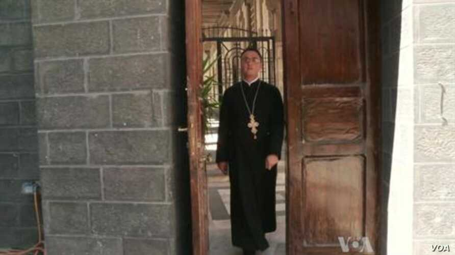Syrian Christians Caught in Sectarian Fears