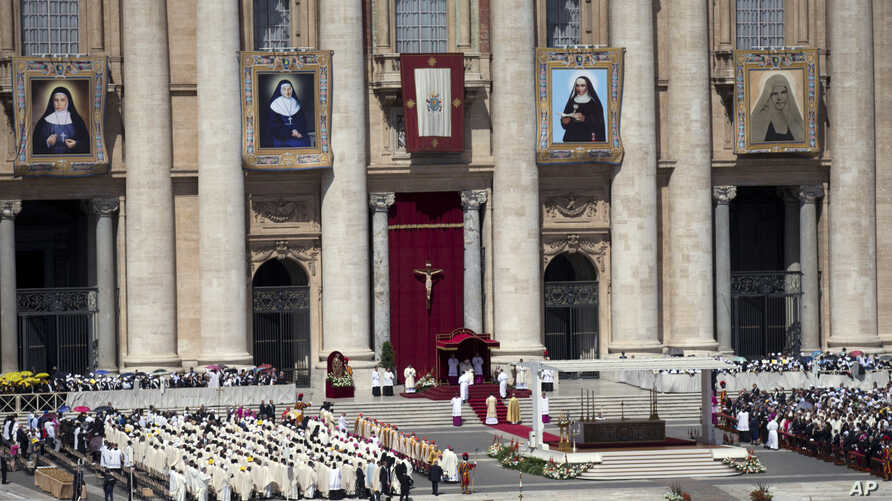 Pope Francis celebrates a canonization ceremony of four new saints in St. Peter's Square at the Vatican, May 17, 2015.