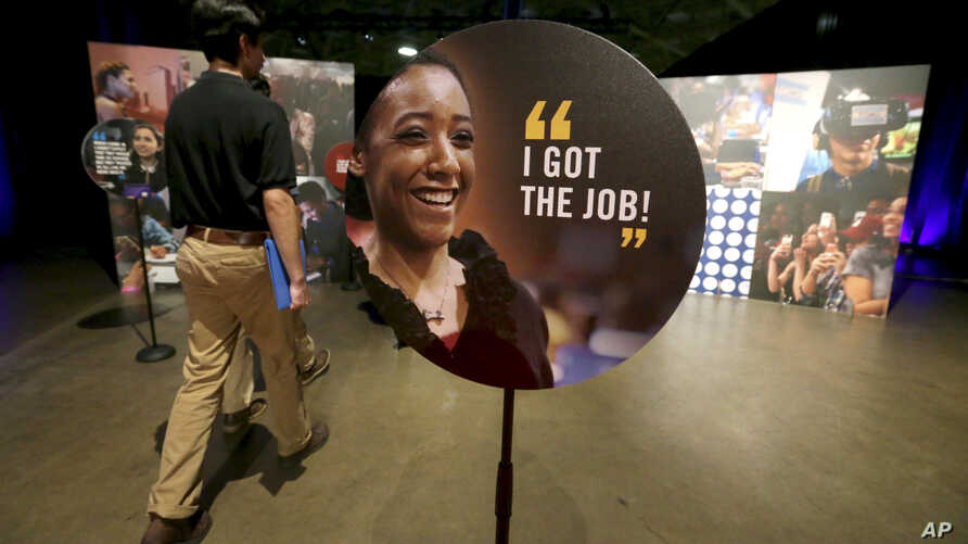 Job seekers walk into the Opportunity Fair and Forum employment event in Dallas, May 19, 2017. Nationwide unemployment for April was 4.4 percent; May's numbers will be released Friday.