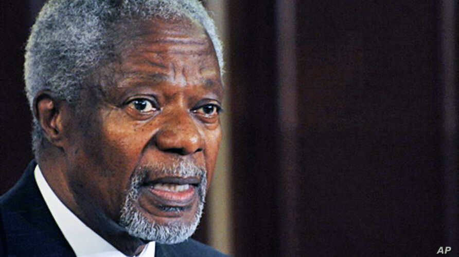 Former UN chief Kofi Annan, who mediated an end to Kenya's 2008 post-election violence, attends a press conference on 08 Dec 2009 in Nairobi,