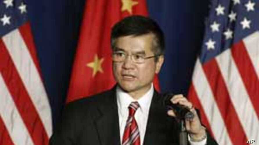 US Urges China to Lower Trade Barriers