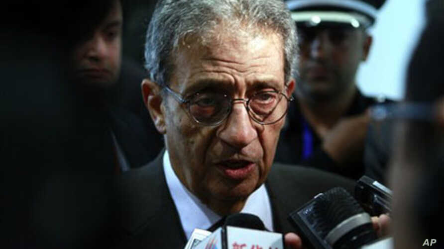 Secretary-General of the Arab League Amr Moussa talks to reporters at the convention center in Sirte, Libya, 08 Oct 2010