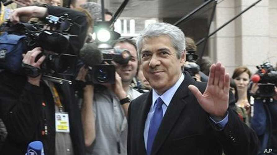 Portugal's Caretaker Prime Minister Jose Socrates arrives for an EU summit in Brussels, March 24, 2011