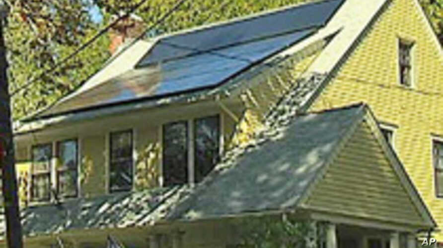 Federal Stimulus Funds Give A Boost To US Solar Industry
