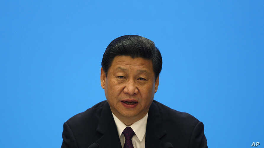 China's President Xi Jinping speaks during a meeting with representatives of entrepreneurs at the annual Boao Forum in Boao, in southern China's Hainan province, April 8, 2013.