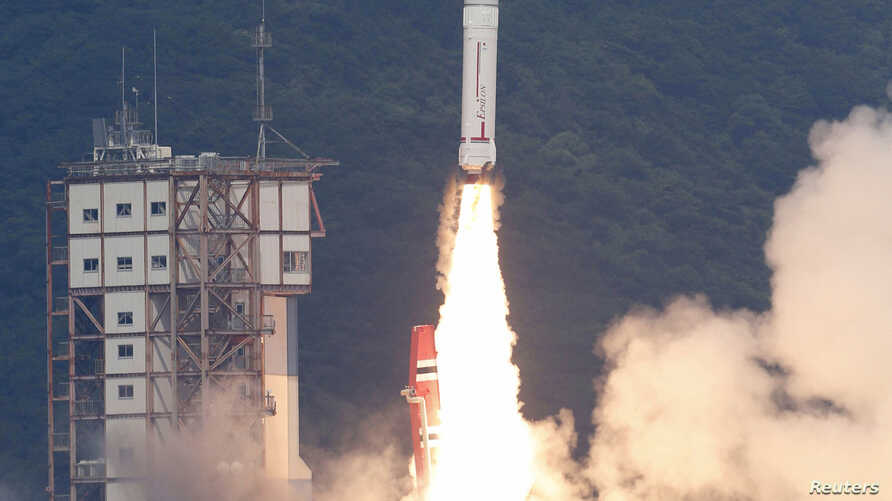 An Epsilon rocket blasts off from the launching pad at the Uchinoura Space Center in Kimotsuki town, Kagoshima prefecture, in this photo taken by Kyodo, Sept. 14, 2013.