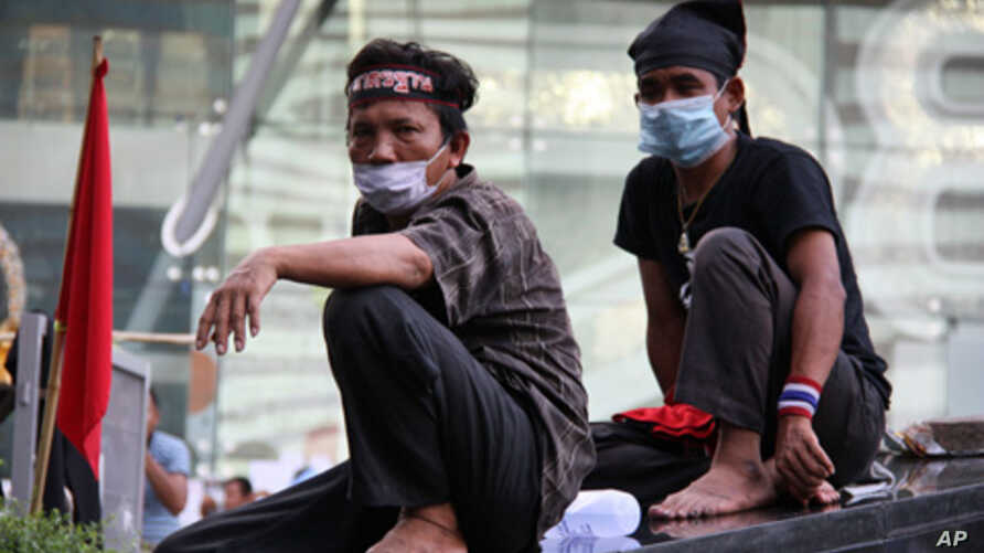 Thai protesters at rally site in downtown Bangkok, 18 May 2010