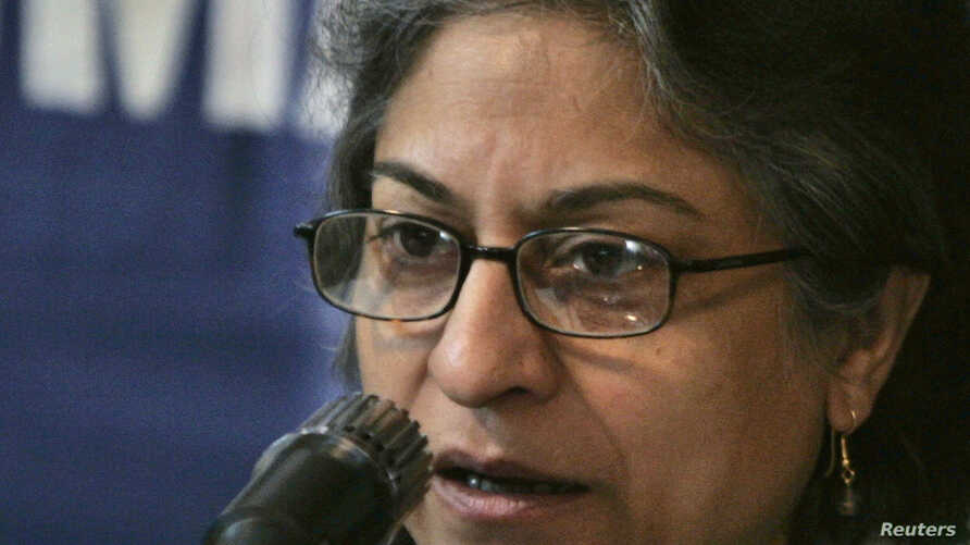 Human Rights Commission of Pakistan chairwoman, Asma Jahangir, speaks during a news conference in Islamabad, Jan. 25, 2007.