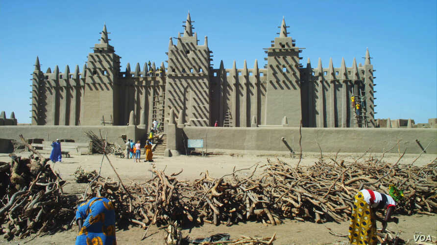 FILE - The Mosque of Djenné in Mali is considered the larg