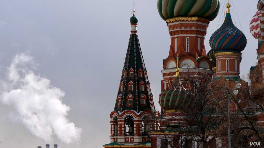 View of St. Basil Cathedral in Moscow, Russia. (Photo: Jamie Dettmer / VOA)