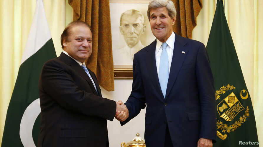 FILE - U.S. Secretary of State John Kerry (R) shakes hands with Pakistan's Prime Minister Nawaz Sharif in Islamabad August 1, 2013.