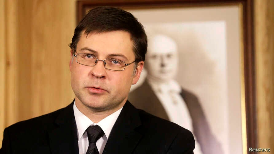 Latvia's Prime Minister Valdis Dombrovskis speaks during a news conference in Riga, Nov. 27, 2013.